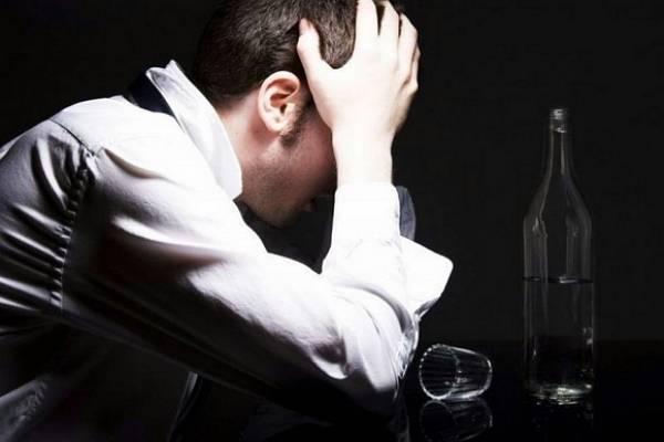 Мало того — если вовремя не обратиться за помощью к специалисту, социофобия может усугубиться и стать причиной еще